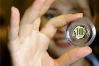 монета 10 рублей в футляре