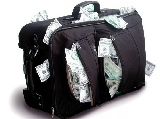 Портфель с долларами