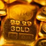 Слитки золота крупным планом