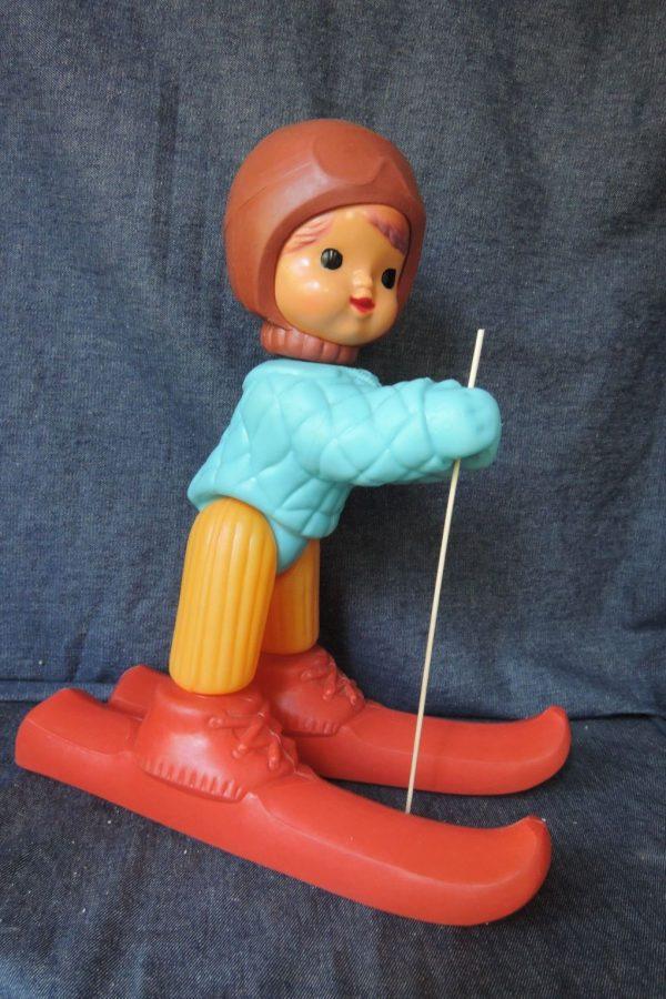 игрушка лыжник-космонавт