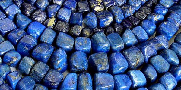 синие полудрагоценные камни